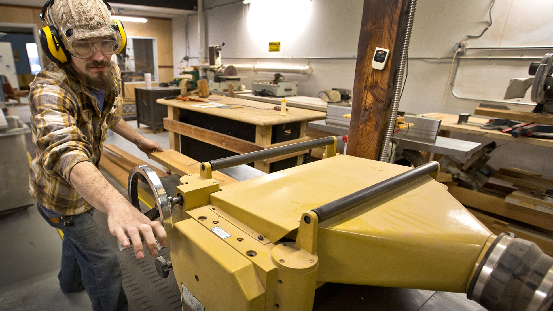 Oyster Point Community Wood Shop Opens With Membership Model