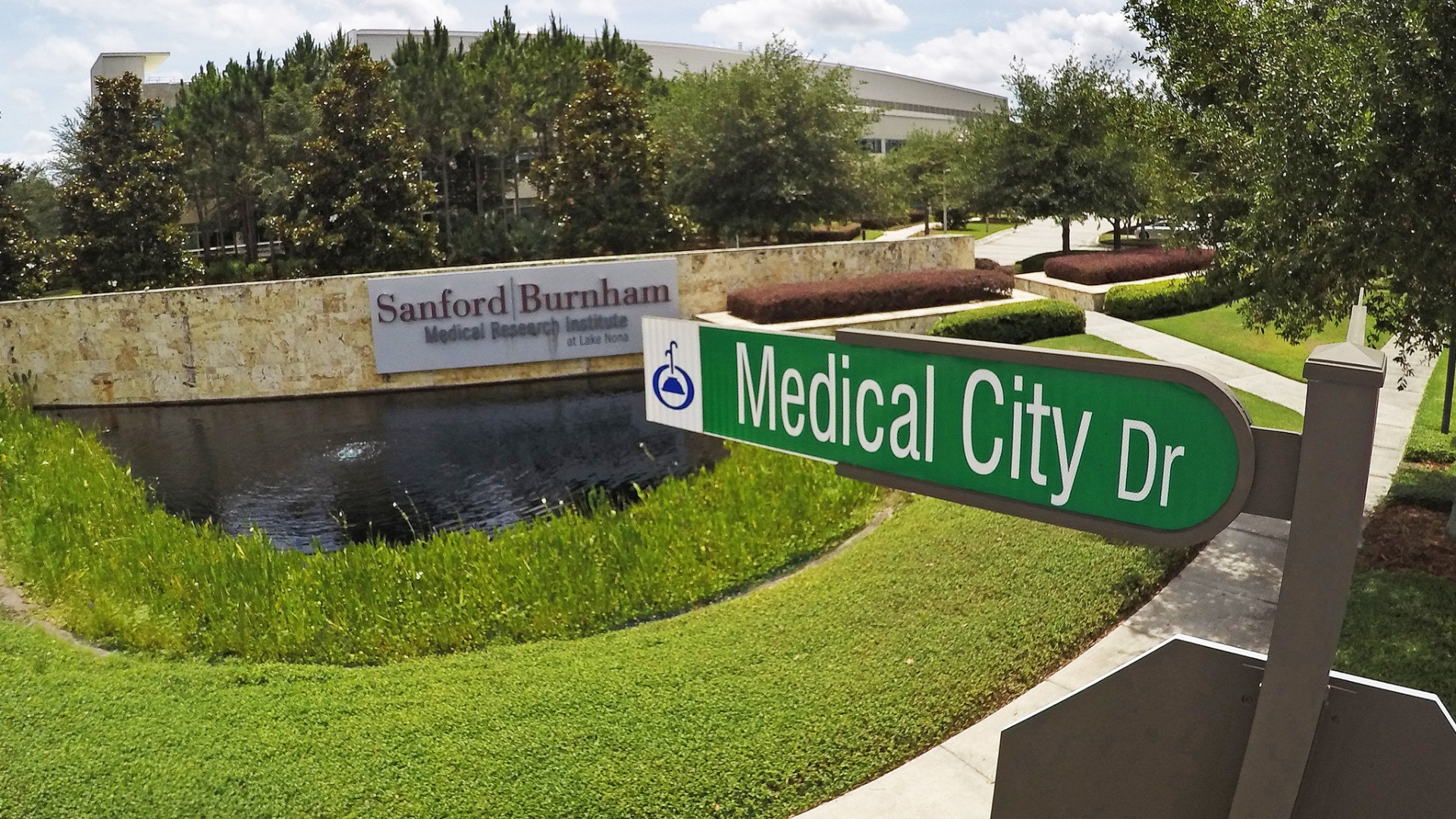 Florida Hospital, UCF vying for Sanford Burnham facility