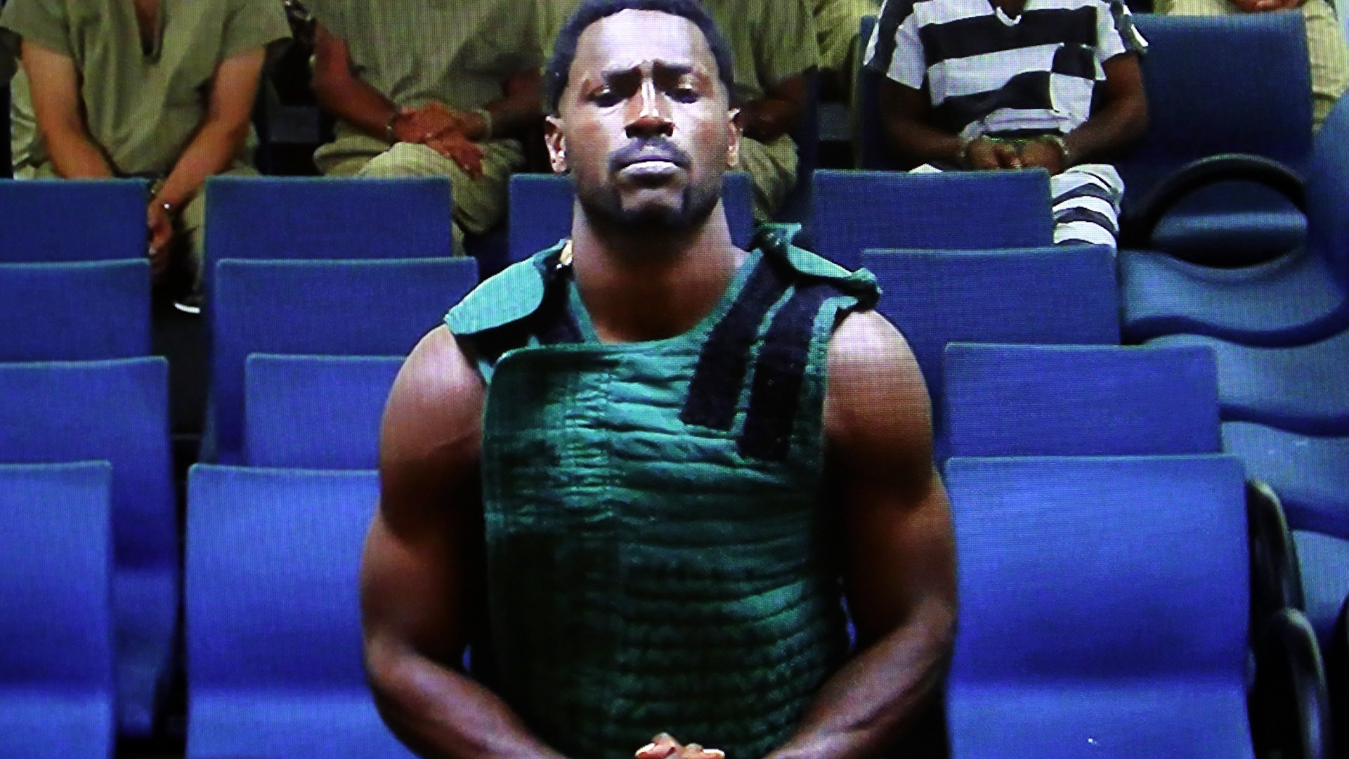 Antonio Brown Released From Jail On 110 000 Bond South Florida Sun Sentinel