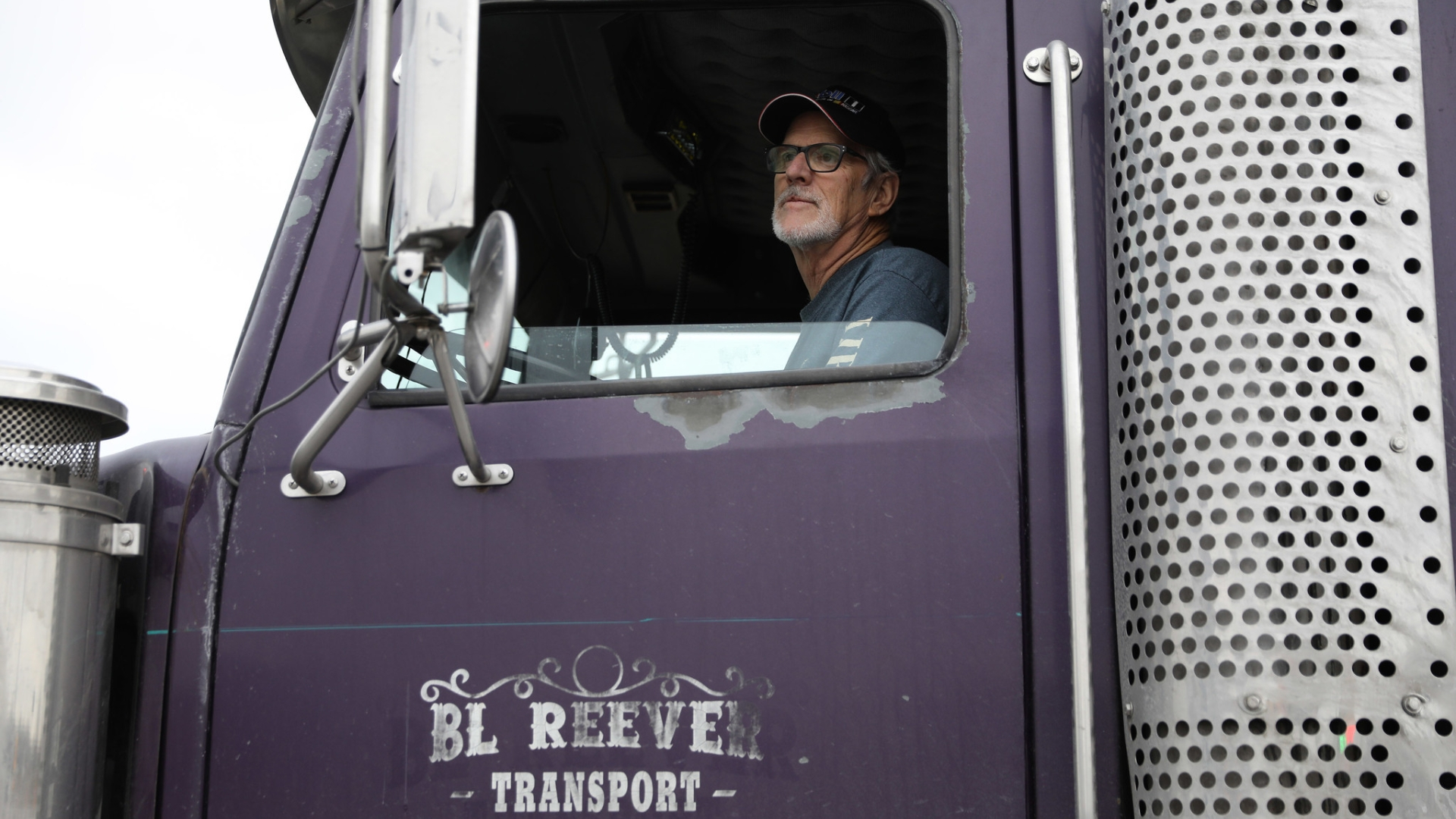 Why a new trucking regulation is driving up the cost of
