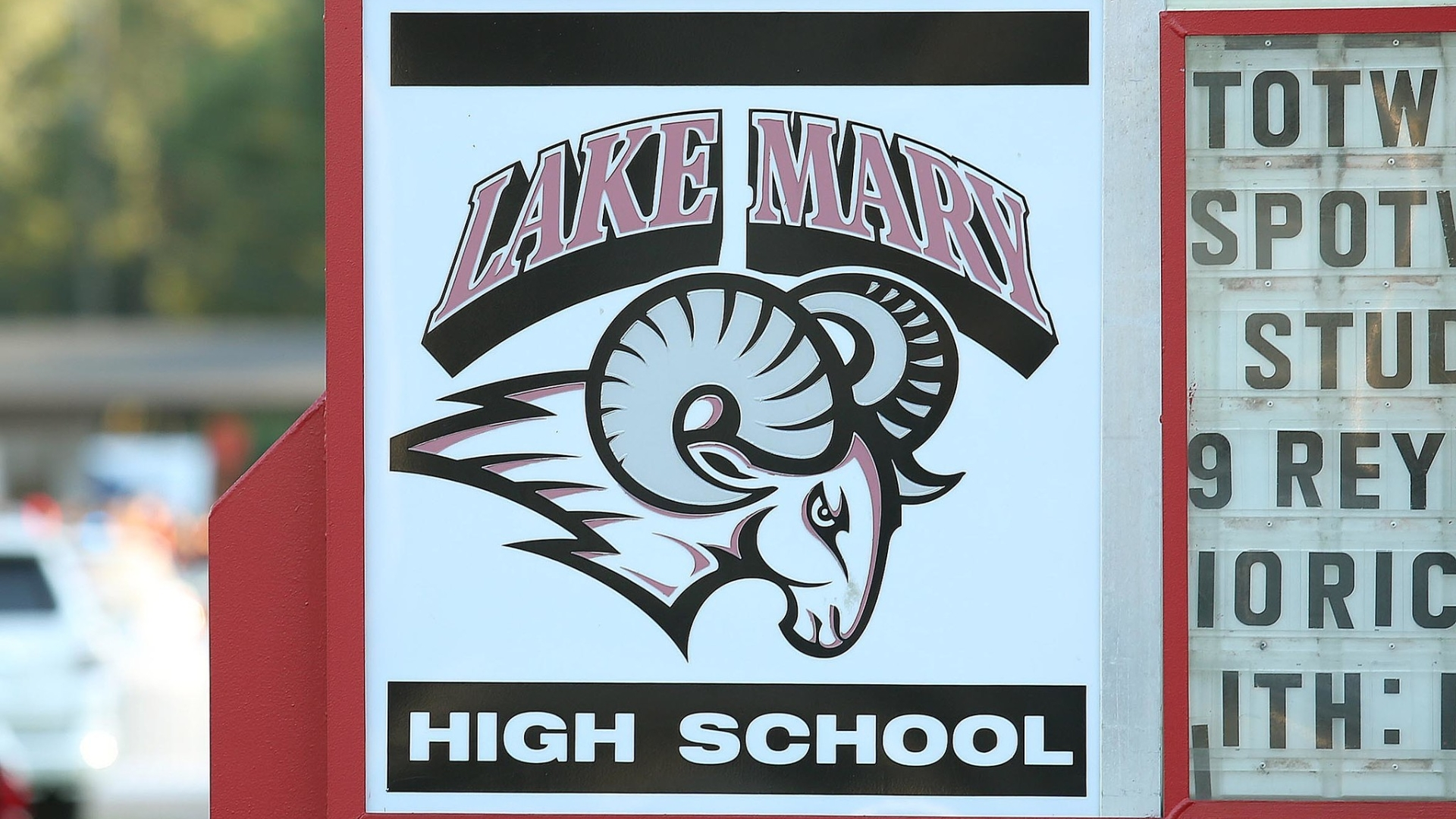 Lake Mary High suicide: School cancels classes as students