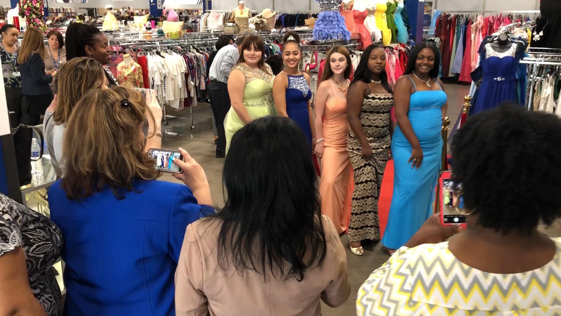 Alternative High School In Orlando To Celebrate First Prom Orlando Sentinel