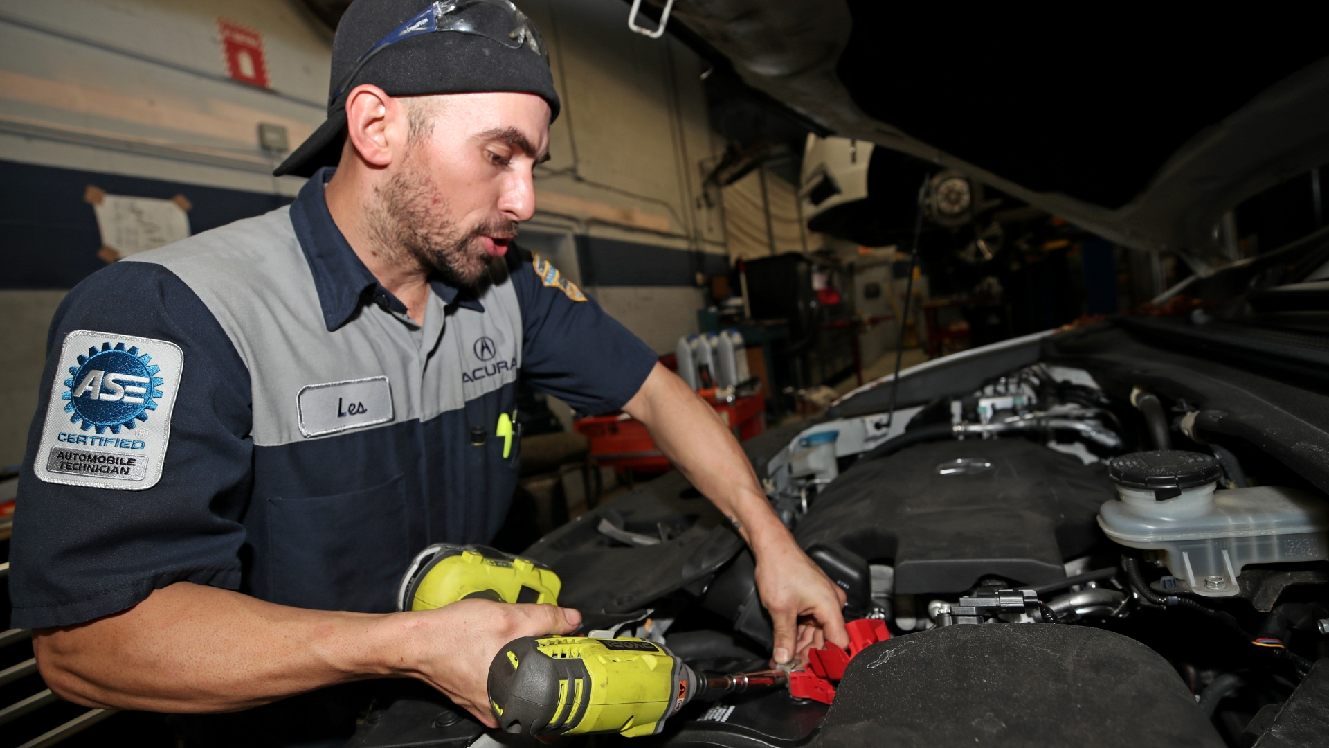 The Car Mechanic Trade Is Dying Who Will Fix Our High Tech Cars South Florida Sun Sentinel South Florida Sun Sentinel
