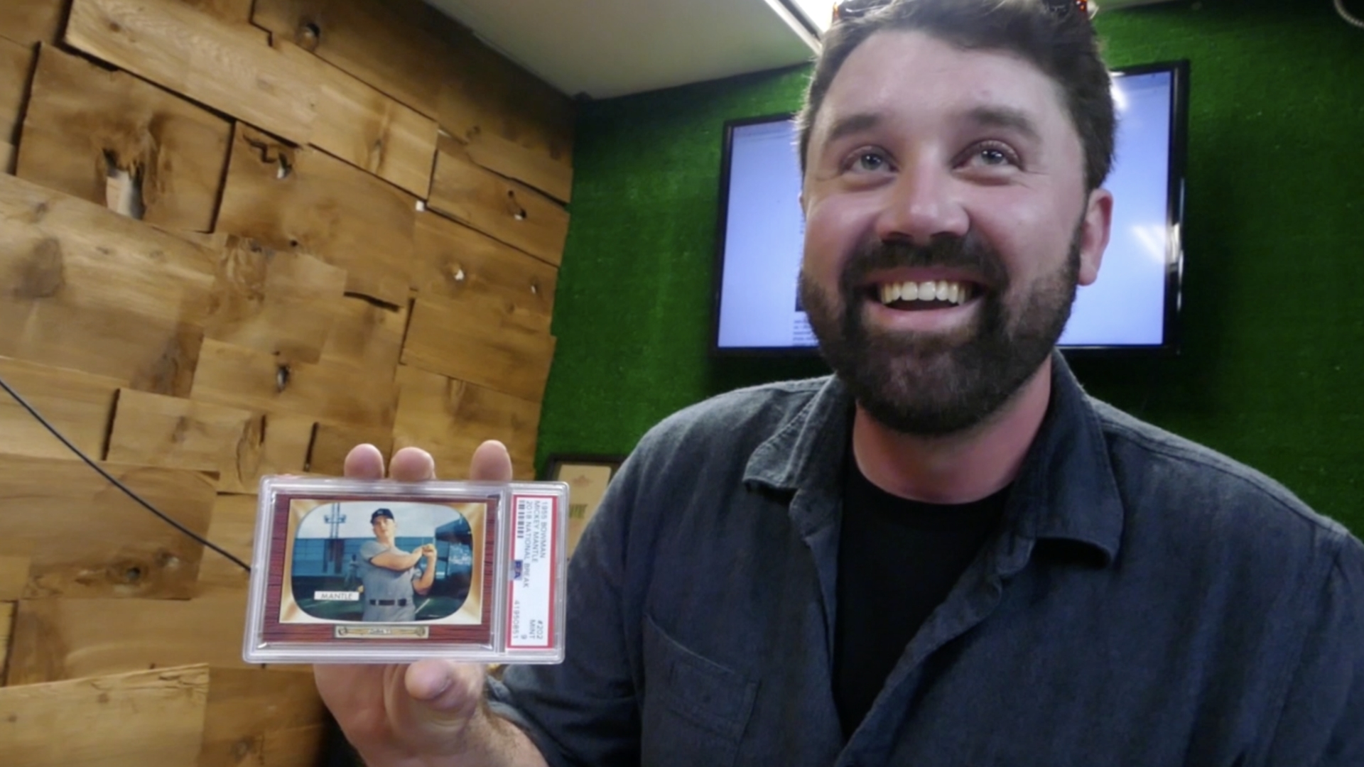 A Hobbyists Unicorn Arbutus Man Wins Mickey Mantle Card Worth An