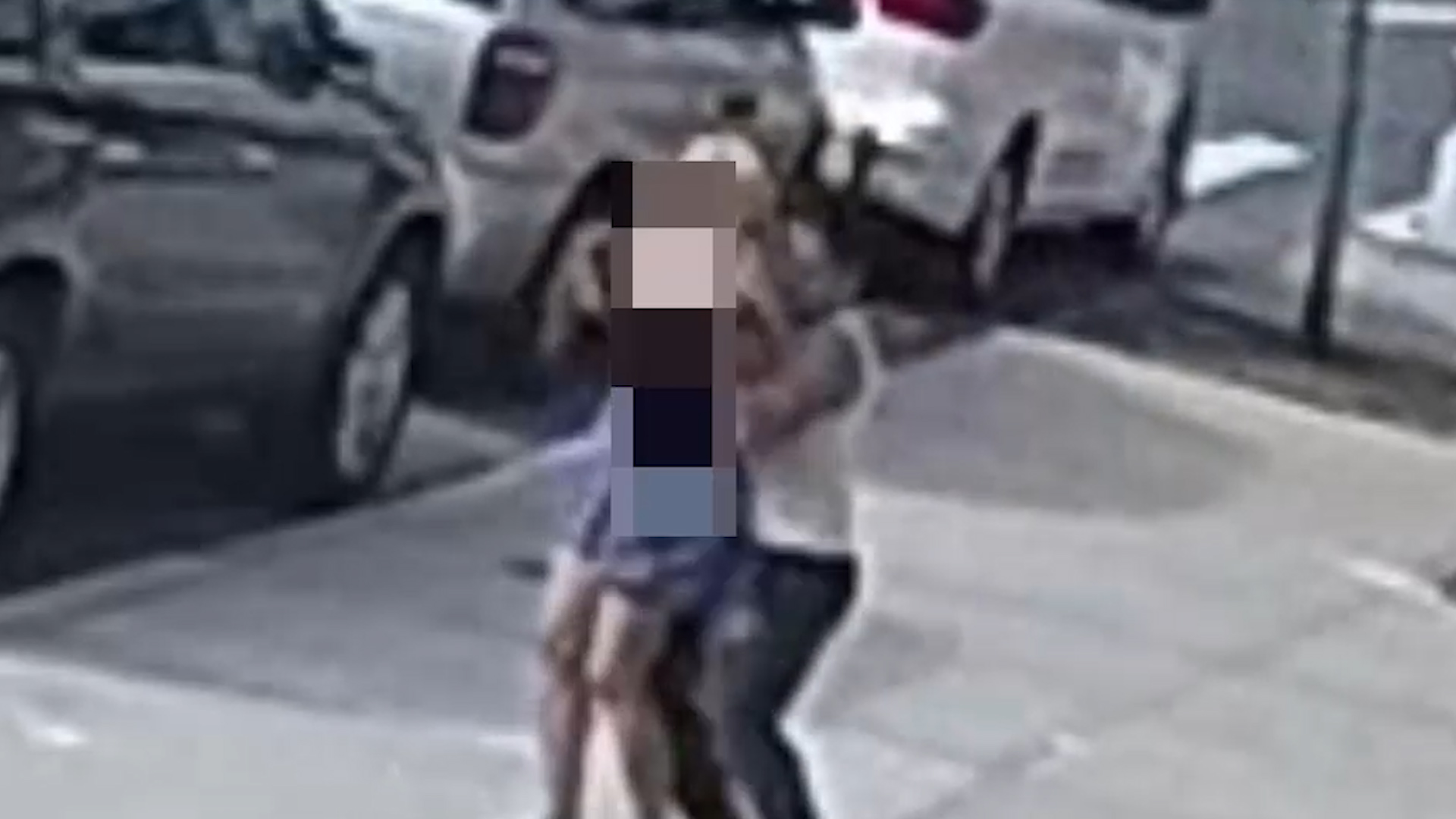 American Girl Groped On Bus cops hunt man captured on video groping woman on street in