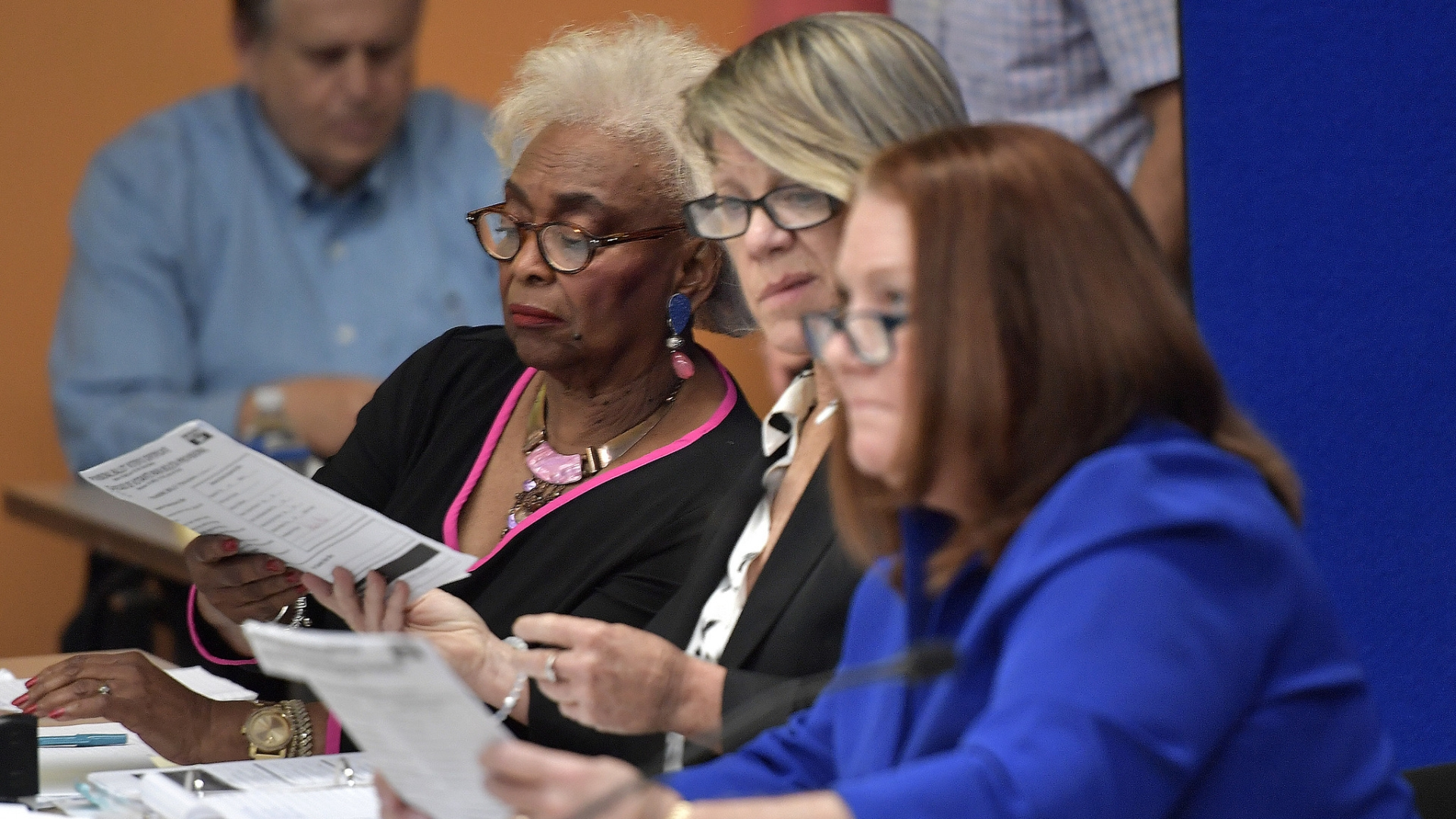 Report Finds Flaws In Broward Special >> As Florida Recounts Loom Flawed Ballot Design May Be To