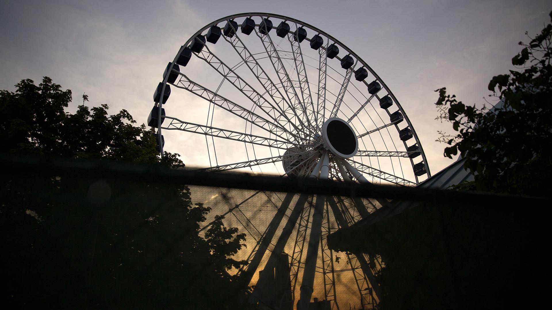 Navy Pier S New Ferris Wheel Bigger Taller Faster Chicago Tribune
