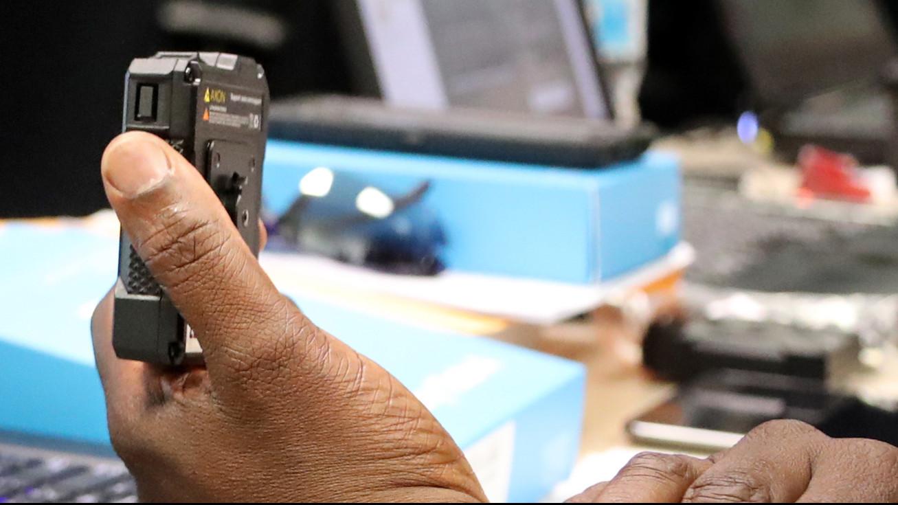 Body camera program kicks off for Fort Lauderdale police - South