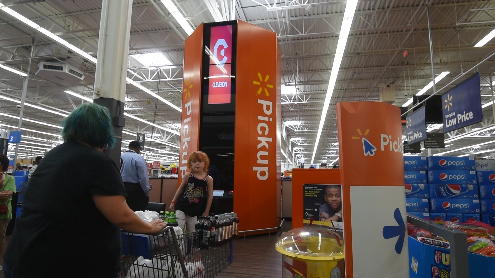 Walmart tests Pickup Towers in Baltimore area store